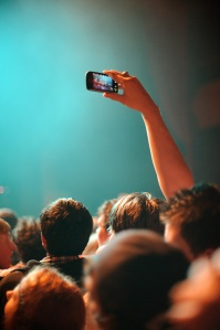 stop-shooting-concert-photos-with-your-phone-4265